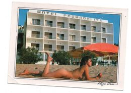 PIN-UP MAXI CARTE (17*12 Cm) Femme Seins Nus.costa Brava Espagne..FOTOS JULIAN..NON CIRCULEE   ((codexX4)) - Fine Nudes (adults < 1960)