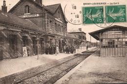 Bavay-Louvignies (Nord) Intérieur De La Gare - Animation Sur Le Quai - Edition Berger Frères - Stazioni Senza Treni