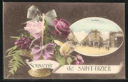 CPA Saint-Dizier, La Place Avec Des Fleurskorb - Saint Dizier