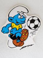 Schtroumpf Footballeur - Footballer Smurf - Autocollant - Sticker - Vieux Papiers