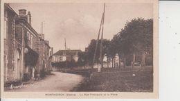 86 MONTHOIRON  -  La Rue Principale Et La Place  - - Autres Communes