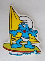 Schtroumpf Véliplanchiste - Windsurfer Smurf - Autocollant - Sticker - Vieux Papiers