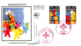 FRANCE. FDC. N°207194. 07/11/2013. Cachet Paris. Croix Rouge. Ensemble Plus Forts. Signé Baras - 2010-....