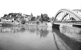 10466 - 58 - NIEVRE - DECIZE - Vue Générale Et Le Pont Sur La Loire - Decize