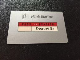 Hotelkarte Room Key Keycard Clef De Hotel Tarjeta Hotel  BARRIERE DEAUVILLE - Télécartes