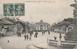 TROYES - LES FOIRES DE MARS EN 1908 - PLACE DU LYCEE - 2 SCANNS - - Troyes