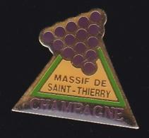 65598- Pin's-Massif De Saint Thierry.Champagne.vin.boisson. - Getränke