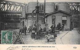 Thème Grève.  Paris. Grève Générale Des Chemins De Fer   .Militaires En Faction   ( Voir Scan) - Grèves