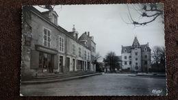 CPSM MEURSAULT COTE D OR 21 PLACE DE L HOTEL DE VILLE ED CIM 1958 MAGASIN ALIMENTATION - Meursault