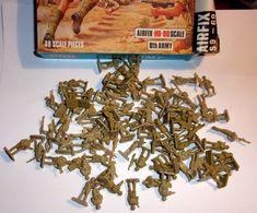 Lot D'environ 90 Mini Soldats Africa Korps/8th Army - Airfix - Figurillas