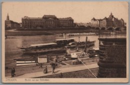 Dresden - S/w Blick Von Der Terrasse Mit Schiff Ausflugsdampfer Habsburg Und Graf Moltke - Dresden