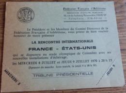 92   -   COLOMBES CARTON INVITATION RENCONTRE ATHLETISME FRANCE ETATS-UNIS JUILLET 1970  @ VUE RECTO/VERSO AVEC BORDS - Colombes