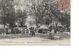 82 - BEAUMONT DE LOMAGNE - Place Du Foirail - Jour De Marché  (Très Animée) - Beaumont De Lomagne