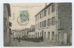CPA 1907 LOIRE NOIRETABLE ANIME PENSIONNAT DES FAMILLES SORTIE DES ELEVES TBE - Noiretable