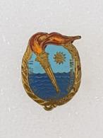 Badge 2eme Jeux Méditerranéens Barcelone 1955 - Badge Second Mediterranean Games Barcelona 1955 - Pin's & Anstecknadeln