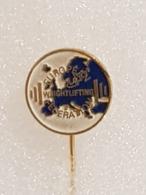 Epinglette Fédération Européenne D'haltérophilie - Pin Label European Weightlifting Federation - Gewichtheben - Gewichtheben