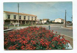 CPm  85 : BRETIGNOLLES   Hotel De Ville   A  VOIR   !!!! - Bretignolles Sur Mer