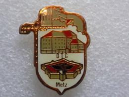 PINS LOT1                                       60 - Pin's