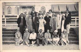 DEAUVILLE - Carte Photo - Août 1928 - Groupe De Personnages - Deauville