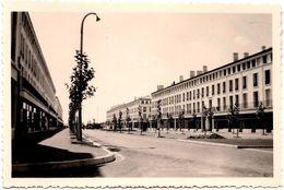 Photo Originale Royan (17200) Reconstruit : La Cité Commerciale Le 23.08.1952 - Lieux