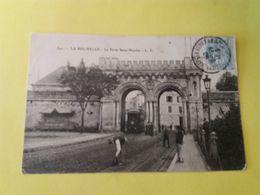 CPA 17- LA ROCHELLE  -342- LA PORTE SAINT NICOLAS (ouvrier Travaillant Sur Les Voies Du Tramway) - La Rochelle