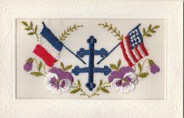 CPA DENTELLE:DRAPEAUX FRANÇAIS AMÉRICAIN CROIX DE LORRAINE - Cartes Postales