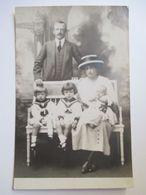 Carte-Photo  Maison De France - Princesse PIA D'Orléans-Bragance Et Sa Famille -  TBE - Case Reali