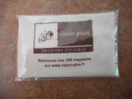 Serviette Lunette Vision Plus Tour De France Neuve - Asbakken