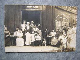 CARTE PHOTO A SITUER - COMMERCE VINS EN GROS - J. LASSABATJU - Magasins