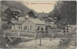 D05 - ABRIES - LE TORRENT DE BOUCHET - Chasseurs Alpins Et Jeune Garçon Sur Le Pont - France