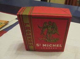 St. Michel Légères (Cigarettes) - Magnifique Paquet Dummy En Parfait état - 200 X 200 X 70 Mm - Articoli Pubblicitari