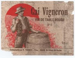 Etiquette Vin De Table Rouge - St Saint Alban De Roche (38 Isère) - GAI VIGNERON - Embouteillé Par R. Varnet - Rouges