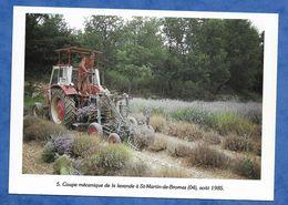 CPM Alpes De Hautes Provence Coupe Mécanique De La Lavande à Saint Martin De Bromes 1985 Neudin AG 13 500 Exp - Tractores