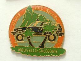 Pin's SERVICE AUTO MOUMEA - NOUVELLE CALEDONIE - PALMIER - Pin