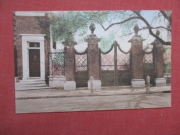 Smyth Gateway On Legars Street      South Carolina > Charleston Ref 4175 - Charleston