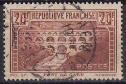 FRANCE - Pont Du Gard Oblitéré Avec Chiffres Blancs TTB - Used Stamps