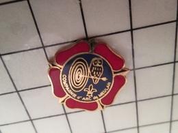 115d Pin's Pins / Rare & Belle Qualité !!! THEME SPORTS / TIR A L'ARC CHOUETTE CIBLE MEULAN - Tir à L'Arc