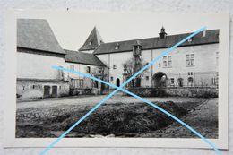 Photo FOSSE Région Basse Bodeux Ou FOSSES LA VILLE Cours De La Ferme Laitière 1936 - Places