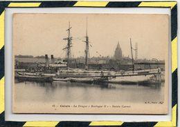 """DPT 62 . - . CALAIS - LA DRAGUE """" BOULOGNE II """" BASSIN CARNOT. Excellent Etat - Calais"""