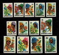 Guinee 1966 Sc # 422 / 432 + PA C86 / C87 MNH **  Flowers Fleurs  (Complete Set) - Non Classés