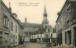 Bonneval * Rue De La Grève Et Place Du Marché à La Volaille * Imprimerie  Pharmacie Commerces - Bonneval
