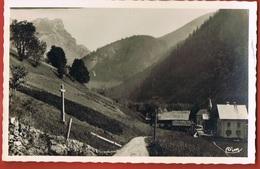 73 -LA GIETTAZ - Savoie- Alt 1100 M-  Le Plan- Chapelle Et Ecole-scans Recto Verso - France