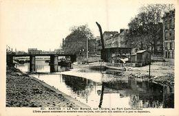 Nantes * Péniche Batellerie Grue * Le Pont Morand , Sur L'erdre , Au Port Communeau * Erdre - Nantes