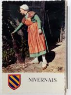 58 - NIVERNAIS - LE HAUT MORVAN EN 1850 - FERMIERE EN TENUE DE SORTIE DE LA REGION DE CHATEAU CHINON - Chateau Chinon