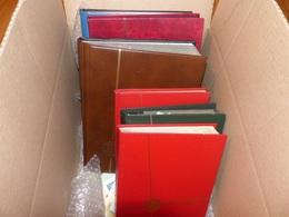 CARTON CONTENANT 8 ALBUMS MONDE + VRAC - POUR ETUDE - Collections (with Albums)