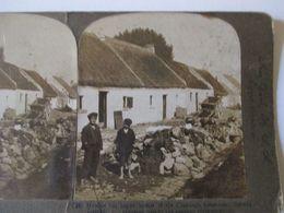 PHOTO STEREO  IRLANDE -  Enfants D'un Village - Pauvreté -  1908 - Ed. American Stereoscopic  BE - Stereoscopio