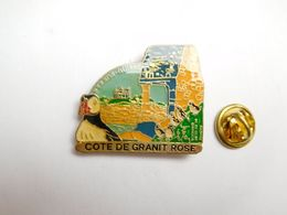 Beau Pin's , Côte De Granit Rose , Perros Guirec , Oiseau Macareux , Côtes D'Armor - Cities