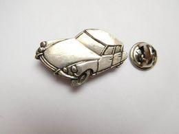 Beau Pin's En Relief , Auto Citroën DS , ID - Citroën