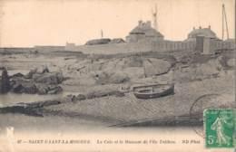 50 SAINT VAAST LA HOUGUE LA CALE ET LE MUSEUM DE L'ILE TATIHOU - Saint Vaast La Hougue