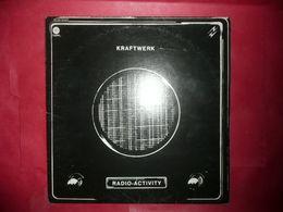 LP33 N°4195 - KRAFTWERK - RADIO-ACTIVITY - ELECTRO EXPERIMENTAL - Instrumental